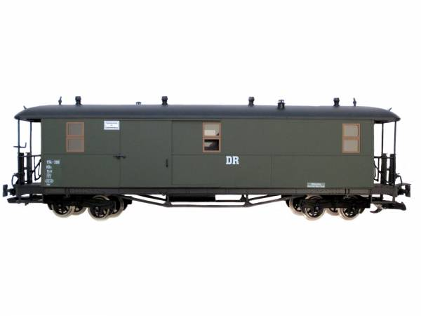 Zenner sächsischer Gepäckwagen DR, Runddach, grün, Edelstahlräder, Spur G Gartenbahn
