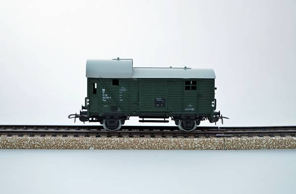 Piko Güterwagen Postwagen, DB, grün Spur H0, 1:87, gebraucht