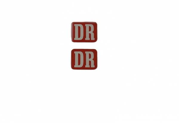 2 DR Aufkleber 19 x 14 mm für Personenwagen, Hintergrund rot, Spur G