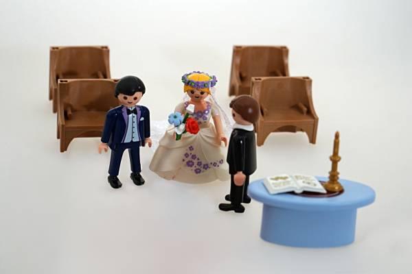 Playmobil Figuren aus Hochzeitskirche für Spur G Gartenbahn